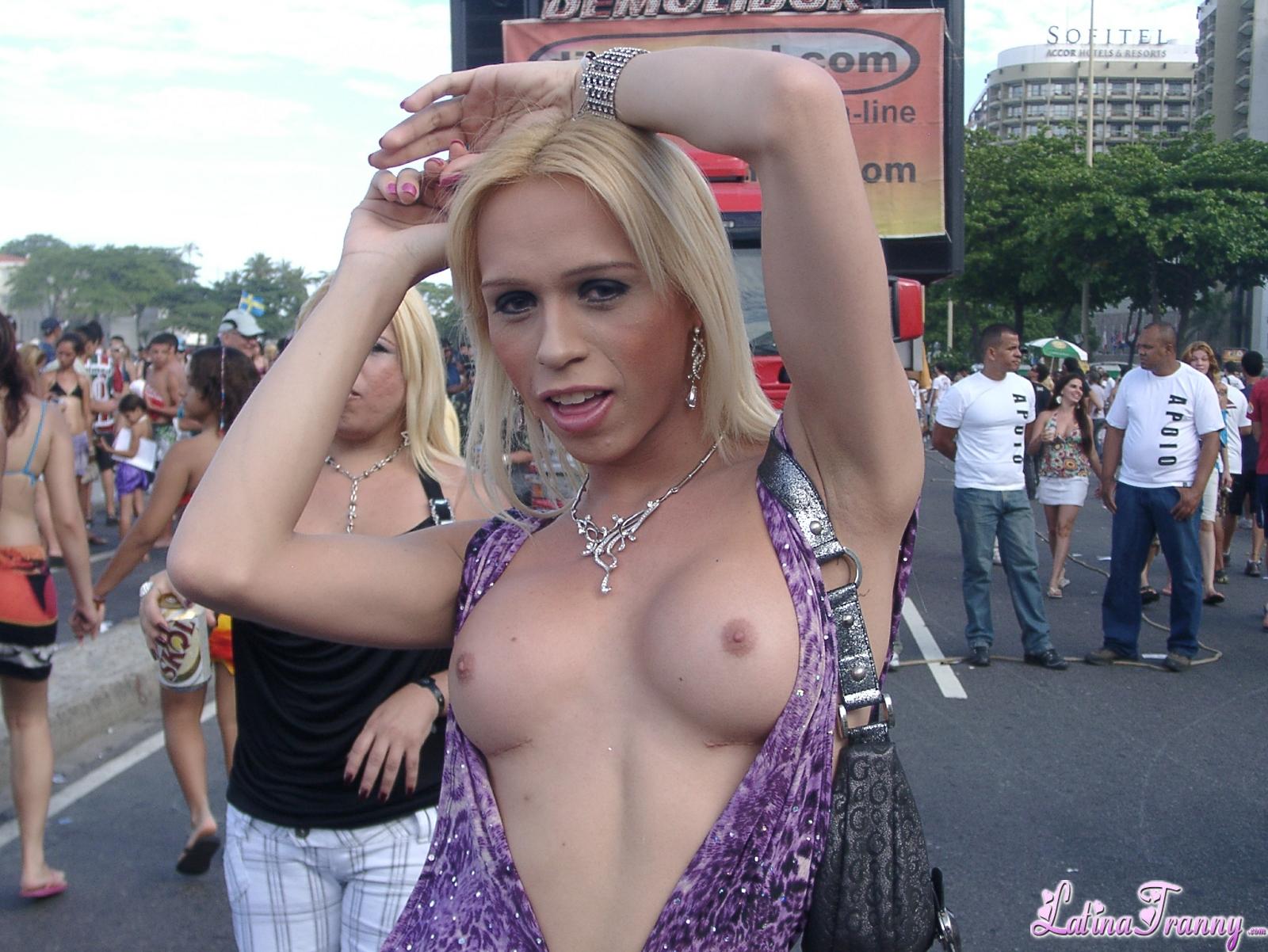 Do women enjoy double penetration sex